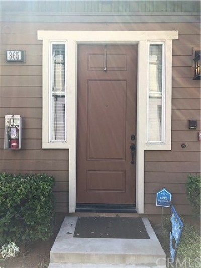 Tustin Condo/Townhouse For Sale: 365 Flyers Lane