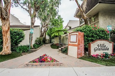 Woodland Hills Condo/Townhouse For Sale: 22221 Erwin Street