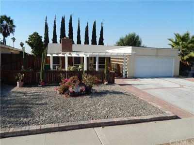 Corona Single Family Home For Sale: 971 Redwood Court