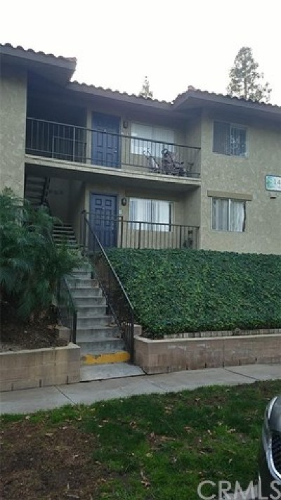 Corona Condo/Townhouse For Sale: 1440 Chalgrove Drive #D