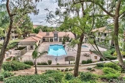 Corona Condo/Townhouse For Sale: 1020 Vista Del Cerro Drive #103