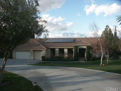 Riverside Single Family Home For Sale: 17944 Scottsdale Road