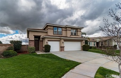 Yucaipa Single Family Home For Sale: 34293 Oakwood Place