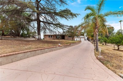 Corona Single Family Home For Sale: 7439 Marilyn Drive
