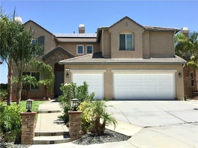 Lake Elsinore Single Family Home For Sale: 11 Via Niccolo Court