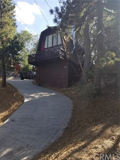 Arrowbear Single Family Home For Sale: 2439 Sky Drive
