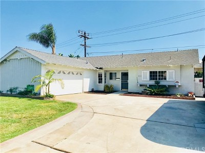 Los Alamitos Single Family Home For Sale: 3682 Thor Avenue