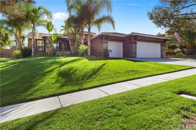 Corona Single Family Home Active Under Contract: 4183 Inverness Drive