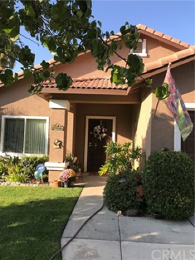 Corona Single Family Home For Sale: 9490 Nickellaus Court