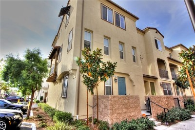 Eastvale Condo/Townhouse For Sale: 6369 Boots Court