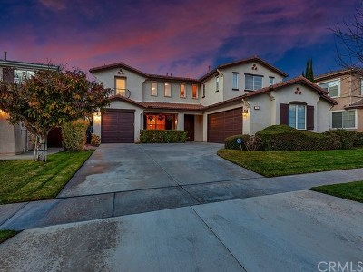 Corona Single Family Home For Sale: 761 Payette Drive