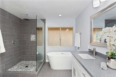Murrieta Single Family Home For Sale: 24546 Camino Mirabella