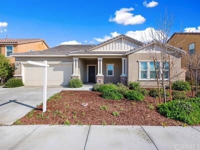 Menifee Single Family Home For Sale: 25308 Hitch Rail Lane