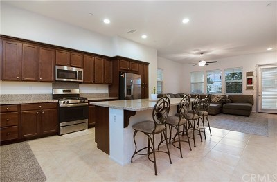 Whittier Condo/Townhouse For Sale: 12450 Amesbury Circle