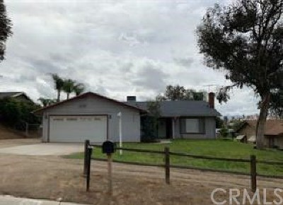 Norco Single Family Home For Sale: 2370 Norco Drive