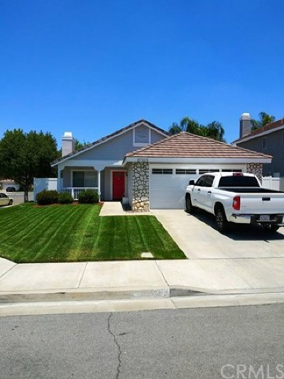 Menifee Single Family Home For Sale: 27102 Fitzgerald Place