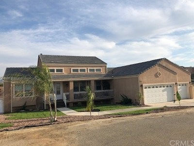 Riverside Single Family Home For Sale: 13165 Via Sherry