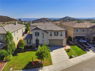 Murrieta Single Family Home For Sale: 27321 Ruby Grass Court