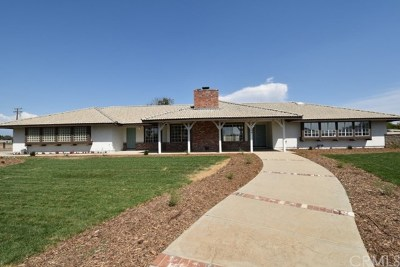Menifee Single Family Home For Sale: 24120 Dawson Road
