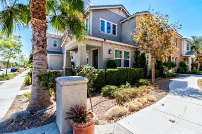 Eastvale Condo/Townhouse For Sale: 6053 Snapdragon Street