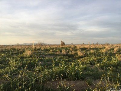 Adelanto Residential Lots & Land For Sale: Palmdale Road