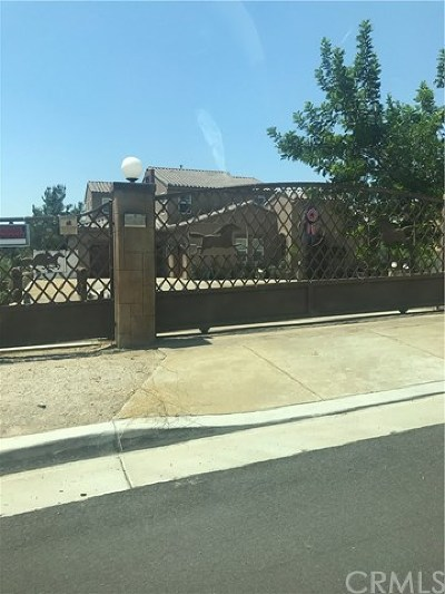 Riverside Single Family Home For Sale: 17575 Log Hill Drive