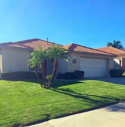 Moreno Valley Single Family Home For Sale: 10930 Village Road