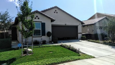 Perris Single Family Home For Sale: 105 Cuyahoga Court