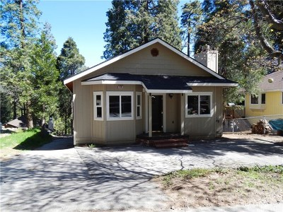 Cedarpines Park Single Family Home For Sale: 376 Lovers Lane