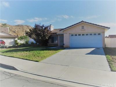 Moreno Valley Single Family Home Active Under Contract: 25921 Xana Way