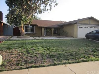Moreno Valley Single Family Home Active Under Contract: 25437 Dracaea Avenue