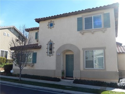 Yucaipa Condo/Townhouse For Sale: 34055 Lily Road