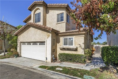 Baldwin Park Single Family Home For Sale: 1615 Via Rosa