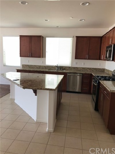 Lake Elsinore Single Family Home For Sale: 36685 Parnell Court