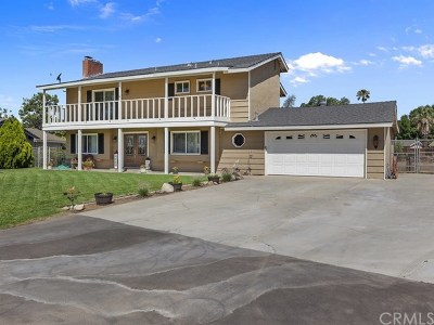 Norco Single Family Home For Sale: 2625 Three Bar Lane