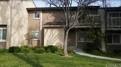 Moorpark Condo/Townhouse For Sale: 14855 Campus Park Drive #C