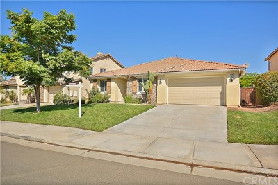 Menifee Single Family Home For Sale: 28882 Waterford Street