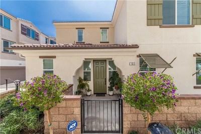 Condo/Townhouse For Sale: 151 Dorsett Avenue