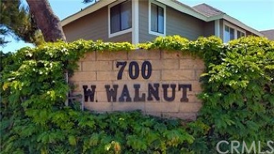 Orange Condo/Townhouse For Sale: 700 W Walnut Avenue #61