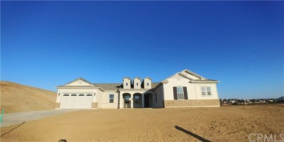 Riverside Single Family Home For Sale: 16171 Mariposa Avenue