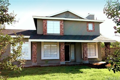 Bloomington Single Family Home For Sale: 18553 Marygold Avenue