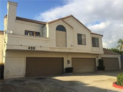 Pomona Condo/Townhouse Active Under Contract: 490 Anderwood Court #2