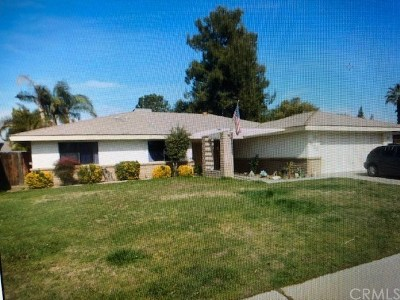 Bakersfield Single Family Home For Sale: 6908 Retriever Court