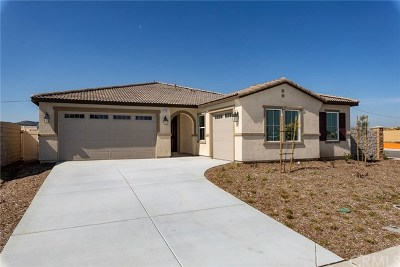Menifee Single Family Home For Sale: 31585 Greenwich Court