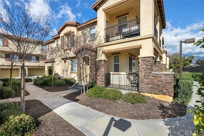 Rancho Cucamonga Condo/Townhouse For Sale: 8015 City View Place