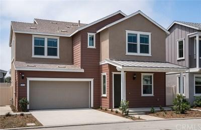 Long Beach Single Family Home For Sale: 8024 Dorado Circle