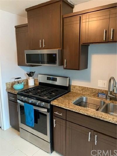 Rialto Single Family Home For Sale: 146 N Oakdale Avenue