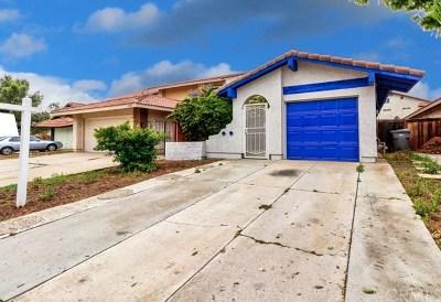Moreno Valley Single Family Home For Sale: 13789 Karenlynn