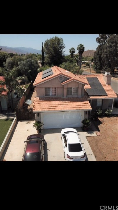 Lake Elsinore Single Family Home For Sale: 32815 Winnepeg Place