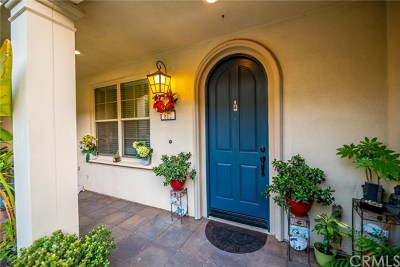 Claremont Condo/Townhouse For Sale: 812 Citrus Court